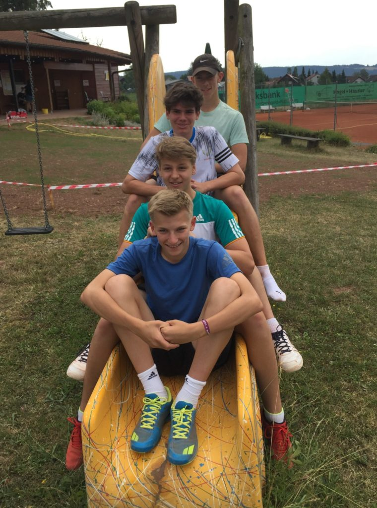 Junioren 1: TC Wildberg – TC Mönsheim 2:4